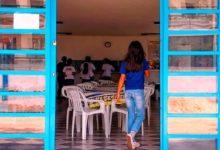 Photo of A dura realidade dos adolescentes órfãos em abrigos ao atingirem a maioridade