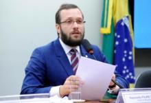 Photo of Deputado do Paraná entre os alvos da PF contra fake news