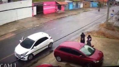 Photo of Câmeras de segurança flagram momento em que GM é morto a tiros no Litoral do Paraná