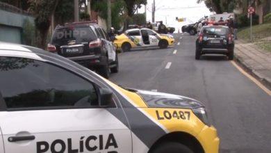 Photo of Após festa em motel, grupo de amigos é surpreendido por atiradores em caminhonete