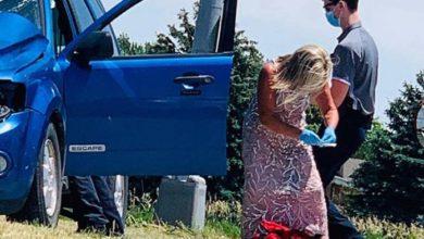 Photo of Enfermeira atende feridos em acidente a caminho do casamento da filha