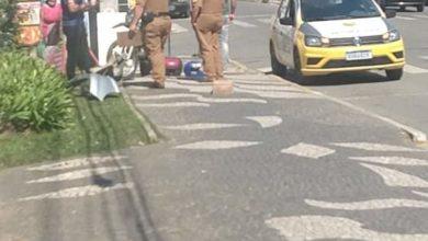 Foto de Vídeo; suspeitos de assalto atropelam motociclista durante fuga