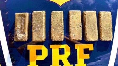 Foto de Mulher é presa no Paraná com 6 barras de ouro, que totalizam mais de R$ 2 milhões; vídeo