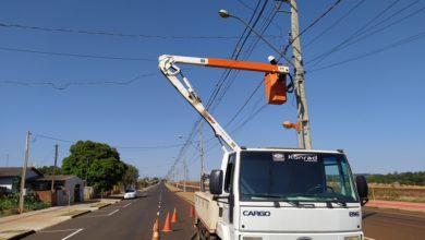 Foto de Em C. Mourão, avenida recém-asfaltada ganha melhorias na iluminação